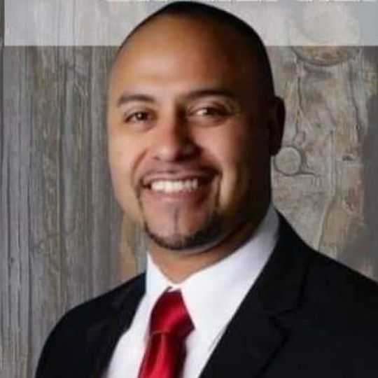 Pastor Mike Betancourth